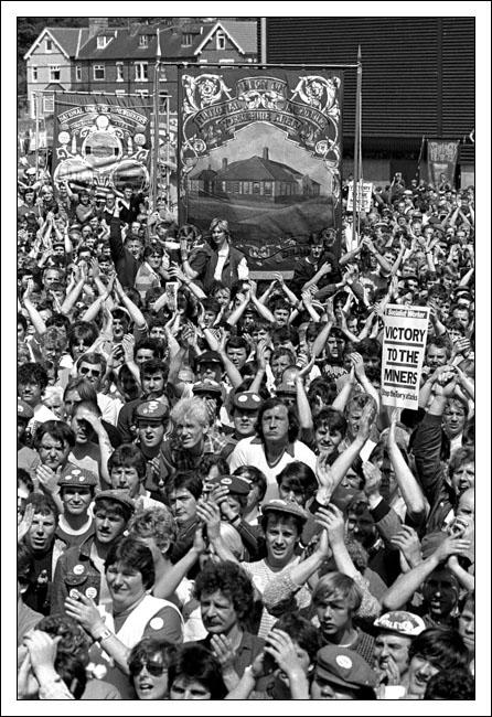 Postcard of miners' rally in Mansfield on 14th May 1984.